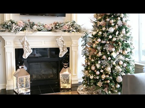 DECORATE WITH ME! DIY CHRISTMAS GARLAND | ALEX GARZA