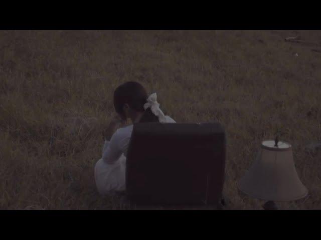 Download Nadin Amizah - menangis di jalan pulang (Official Lyric Video) MP3 Gratis