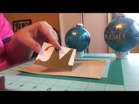 DIY Glitter Ornaments with Vinyl!