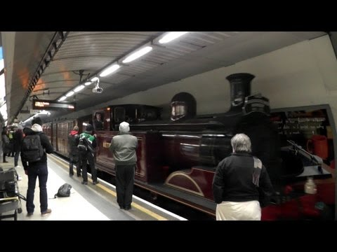 LU150 Steam Train @ Kings Cross St Pancras