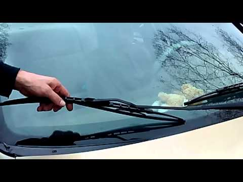 HOW TO Adjust windshield wipers and wiper arms to clean streak free