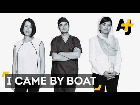 'I Came By Boat' Project Celebrates Australia's Refugees Who Arrived By Sea