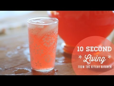 How to Make Pink Lemonade // 10 Second Living