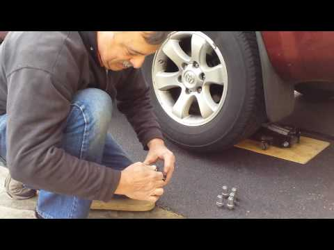 How to Remove a Stuck Wheel Using Leverage