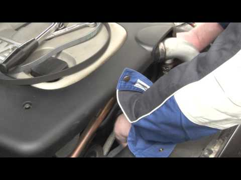 BMW 3 Series E46 Replacing cerpentine belt on a 320d