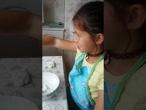 How to make playdough with cornflour