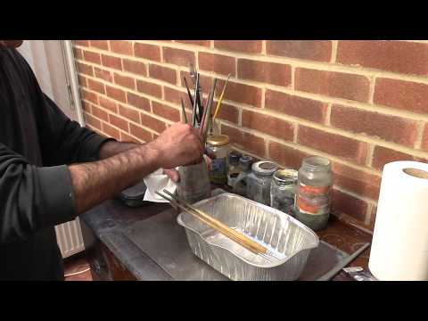 How to clean your artist oil painting brushes