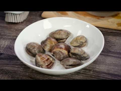 How to Clean Clams