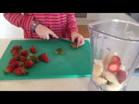How to Make Fruit Leather Roll Ups - Sylvanian Cooking with B シルバニアファミリー
