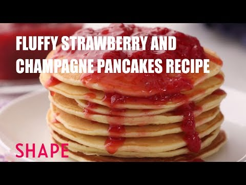Fluffy Strawberry and Champagne Pancakes Recipe