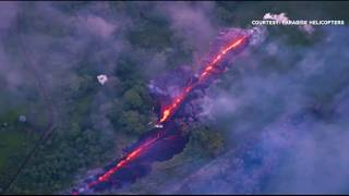 Huge fissure opens on Hawaiian volcano