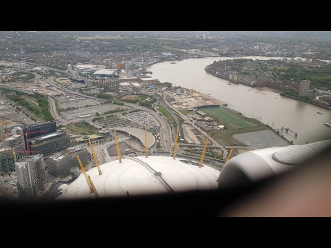 Stunning landing in London City Airport