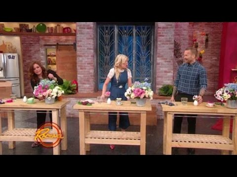 Tori Spelling Shows You How to Make a Simple Bud Vase Arrangement