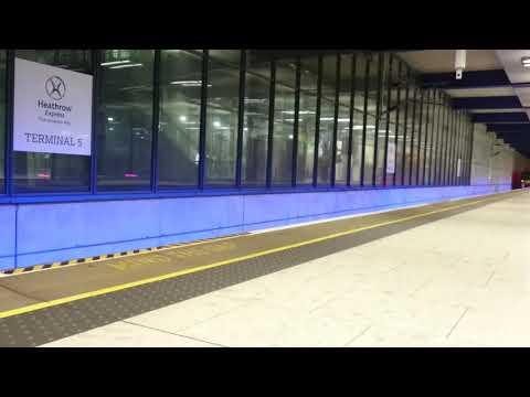 Heathrow Express train arriving at Heathrow Terminal 5
