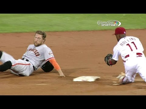 Phillies tag out Pence trying for third base