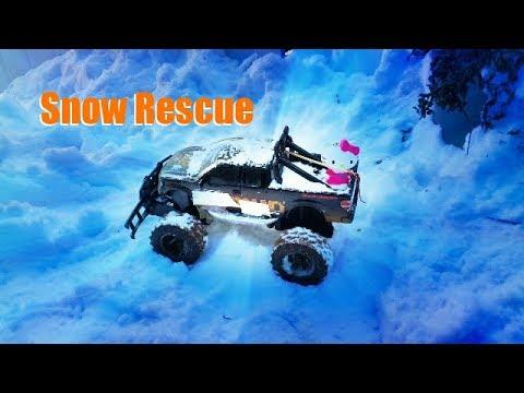 Hello Kitty Snow Rescue