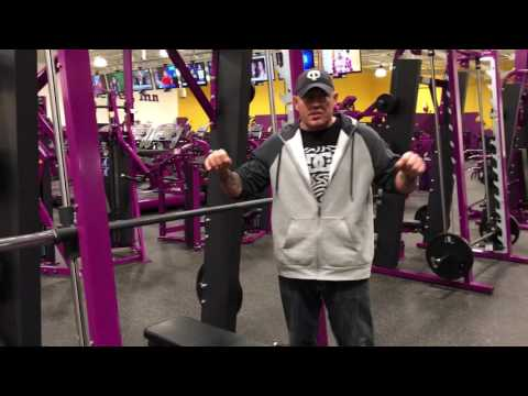 Planet Fitness Smith Machine - How to use the Smith Machine for the bench press at Planet Fitness