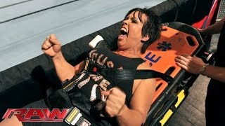 Vickie Guerrero vs. AJ Lee: Raw, Nov. 18, 2013