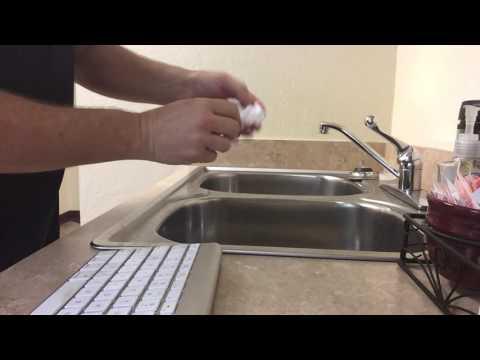 Cleaning A Mac Keyboard