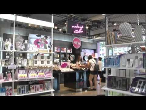 Male Cosmetics Sales Booming in South Korea [AP NEWS, transcript, 윤현우]