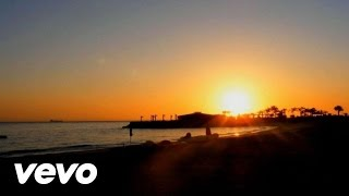 Maroon 5 - Daylight (Official Music Video)