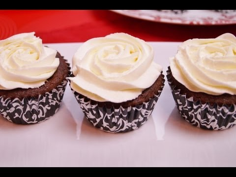 Buttercream Frosting: How To Make: Buttercream Frosting Recipe: Dishin' With Di-Diane Kometa  #30