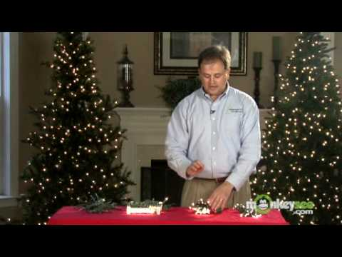 Choosing the Correct Lights for Your Christmas Tree