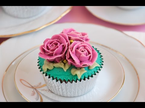 Buttercream Rose Cupcakes- Rosie's Dessert Spot