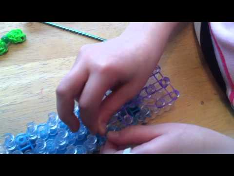 How to Make a Rainbow Loom Bow for Hair- Small Version