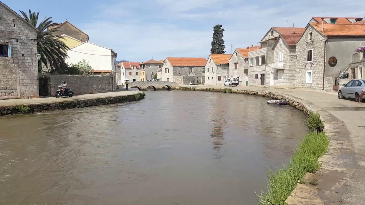 Croatia Vrboska flooding tsunami high water boat