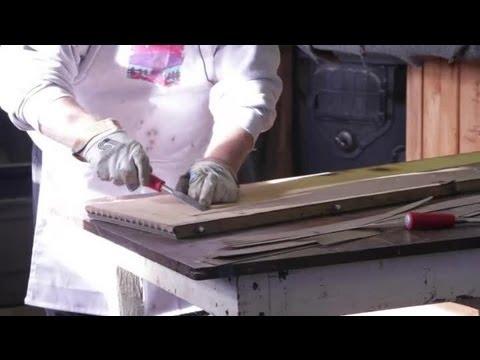 How to Remove Veneer on Wood Furniture : Wood Furniture