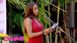 Naomi gives a tribute to the 49 victims of the PULSE nightclub shooting: Total Divas, Nov. 23, 2016