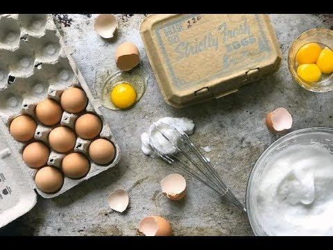THE FUNCTION OF EGGS IN BAKING | whole eggs, egg whites, egg yolks