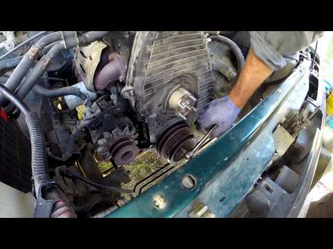 How to replace the timing belt on a Toyota Hilux Diesel.