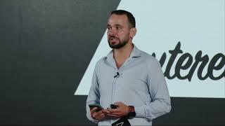 Cum transformi un dezavantaj într-un avantaj?   Artur Gurău   TEDxRoseValleyParkED