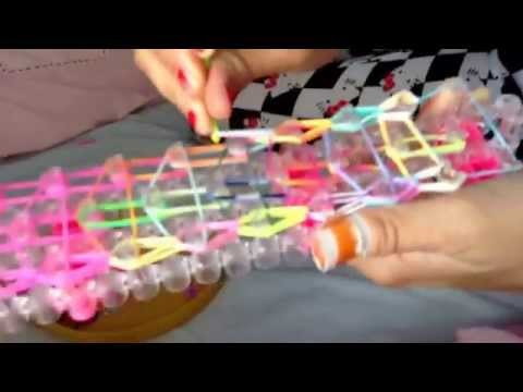 Making loom bands: doubled minion part 2