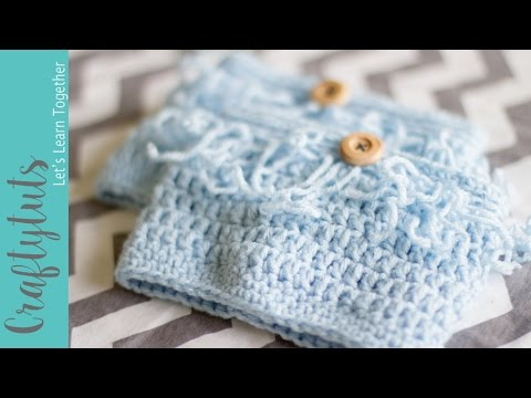 FREE Crochet pattern to make boot cuffs - How to crochet boot cuffs (with link to written pattern)