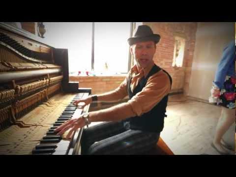 Jeffery Straker -