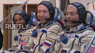 Russia: ISS Expedition 53-54 main and backup crews hold pre-flight training in Star City