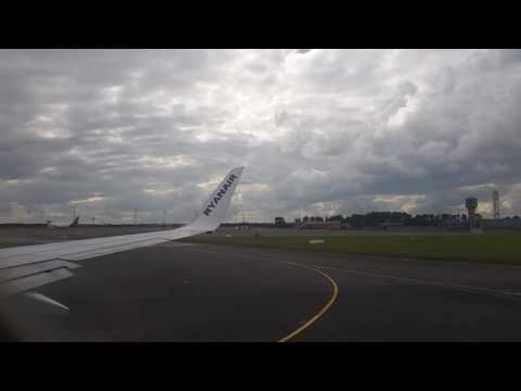 Take off  // Ryanair Flight FR 116 // Dublin to London Gatwick