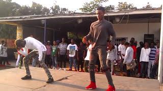 Asawura skycorn n Asawura blinkz performs at KNUSTLADO