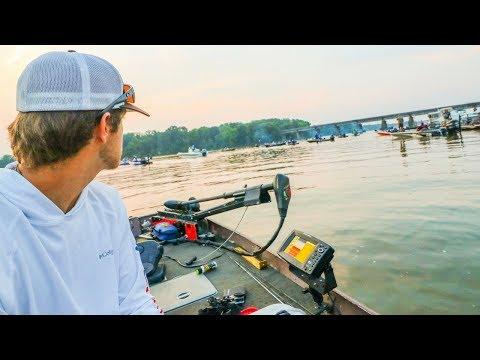 12' Jon Boat Vs. EXPENSIVE Bass Boats In HUGE Bass Fishing Tournament