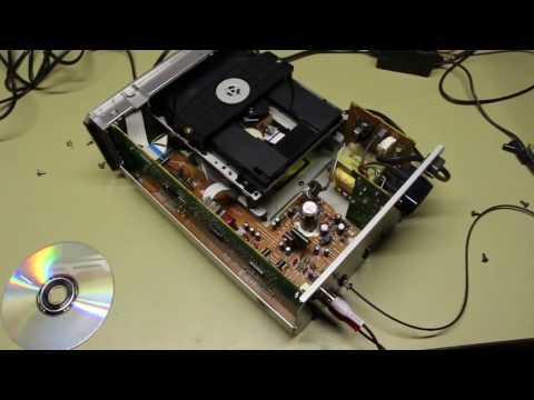 Yamaha CDX E100 Compact disc player