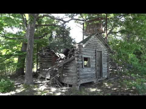 Roamin' Rich Explores John's Modern Cabins On Old Missouri Route 66
