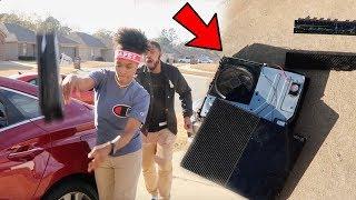DESTROYING MY BROTHER XBOX ONE PRANK!!!