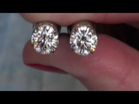 3.02cttw H SI1 Platinum Select round diamond studs