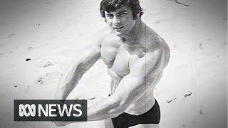 Bodybuilders flex their muscles ahead of comp (1970) | RetroFocus