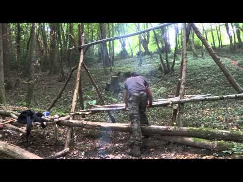 Building a raised bed shelter & Bushcraft tea