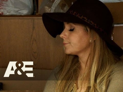 Storage Wars: Jarrod and Brandi's Household Items and Fish Tank | A&E