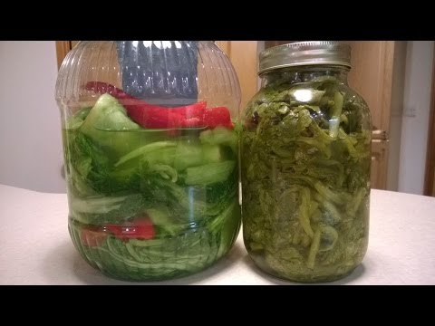 Making sour pickled green vegetables 醃酸菜 HD